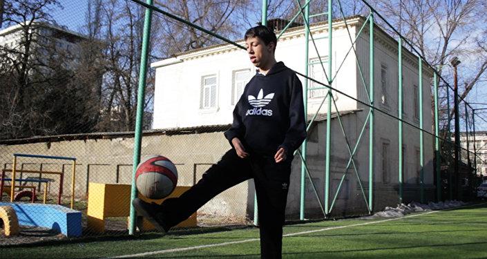 Кичинесинен майып КР жараны Футбол боюнча Азия чемпионатына чакырылды