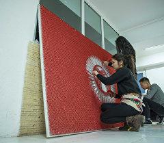 Желек күнүнө карата String art ыкмасы менен жасалган Кыргызстандын туусу