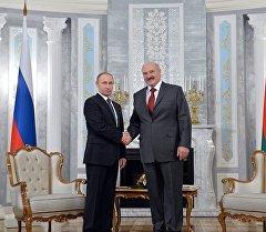 Президент России во время встречи с главой Беларуси Александром Лукашенко