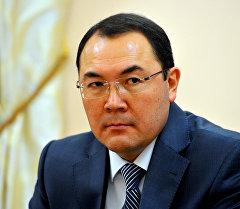 Руководитель аппарата правительства Нурханбек Момуналиев. Архивное фото