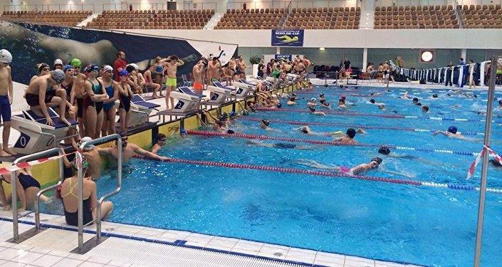 Соревнования, проходящие в Берлине, собрали более 1 000 пловцов со всего мира