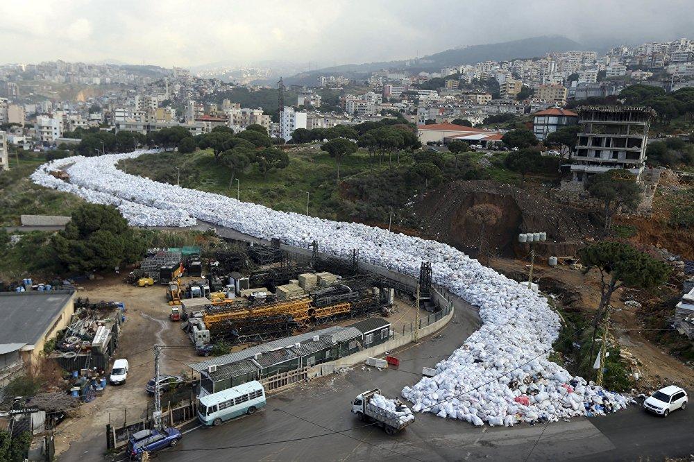 Проблема с утилизацией мусора в Бейруте