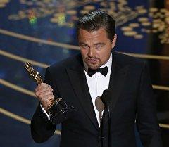 Актер Леонардо ди Каприо получил награду Американской киноакадемии Оскар за лучшую мужскую роль.