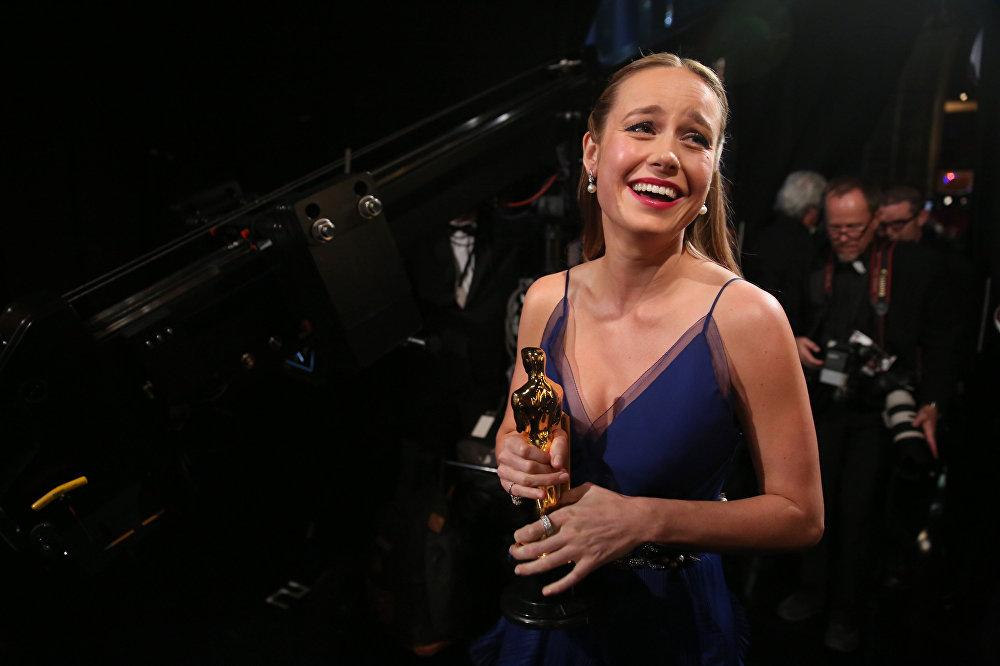 Лучшей актрисой признана Бри Ларсон. Она завоевала Оскар за главную роль в фильме Комната