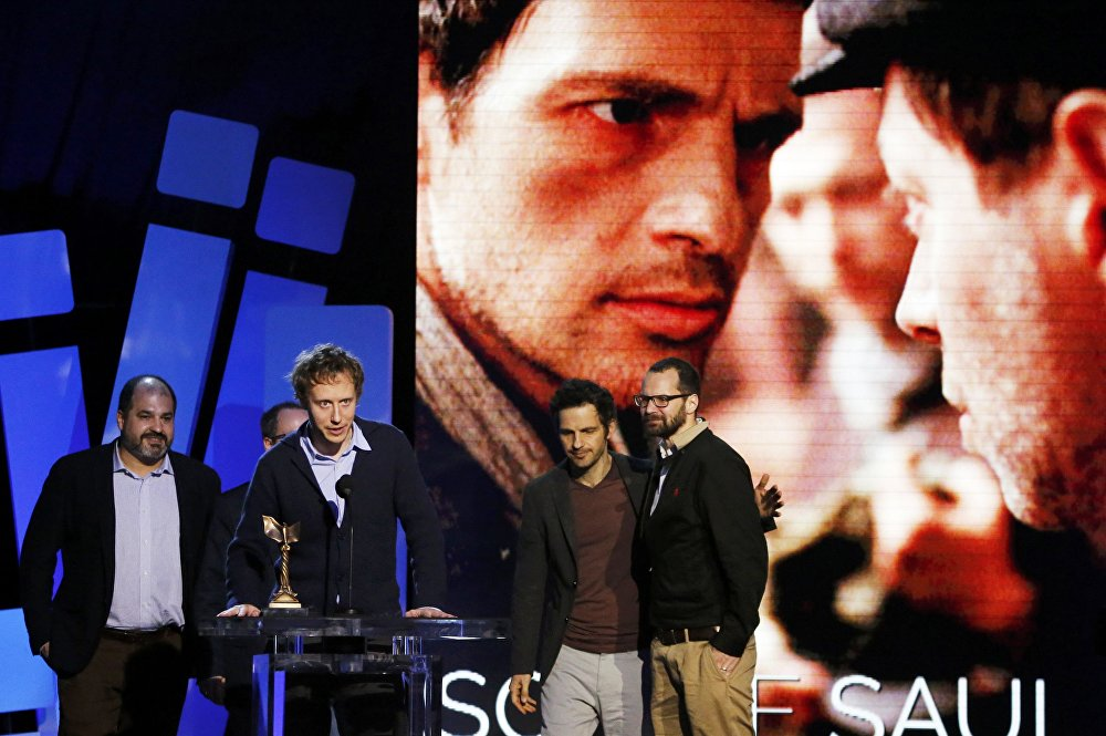 Фильм венгерского режиссера Ласло Немеша Сын Саула завоевал награду киноакадемиков США Оскар в категории лучший фильм на иностранном языке