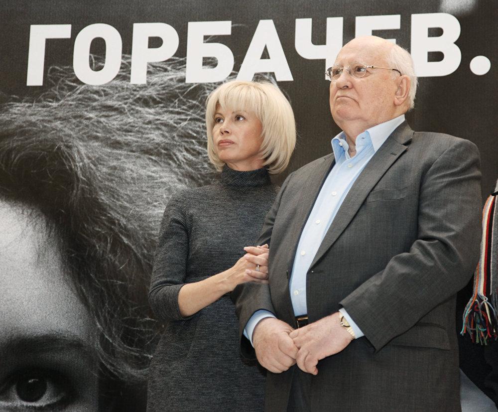 Михаил Горбачевдун тарыхтагы ордуна бир тараптуу баа берүү кыйын. Бийликте турганда эл аны ар кандай атап, урушуп жатты. Бирок ошол эле өлкө Горбачев элге жаңы жашоого үмүт тартуулаганын да мойнуна алат.
