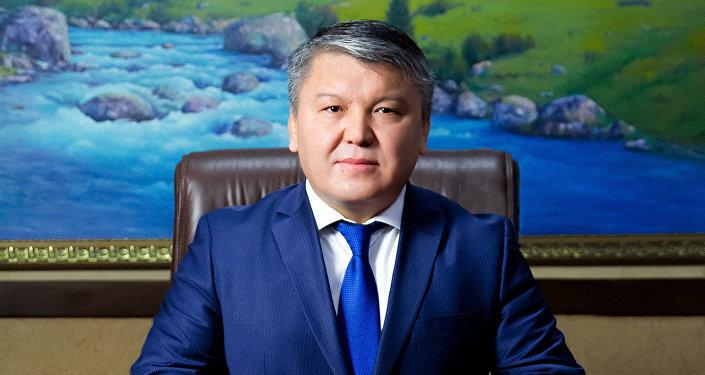Экономика министри Арзыбек Кожошев. Архив