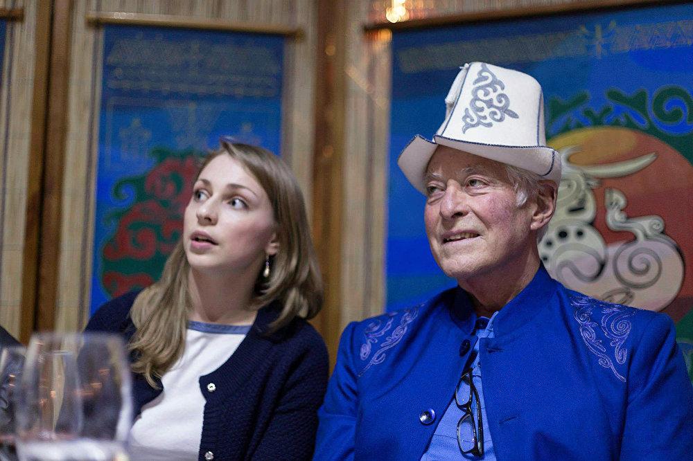 Кыргызстан дүйнөгө аты таанымал бизнес-тренер Брайан Трейси семинарлары менен келген 70-өлкө болду