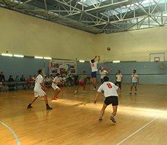8-март айымдардын күнүнө карата өткөн волейбол боюнча беттешүү