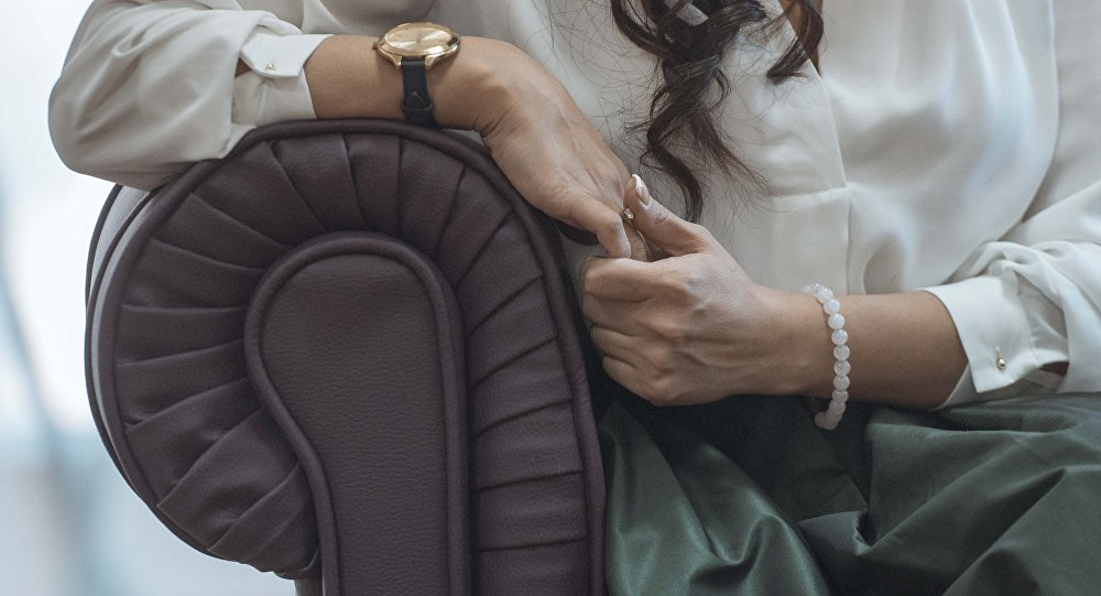 Медики: насыщенная работа влияет наздоровье женщин