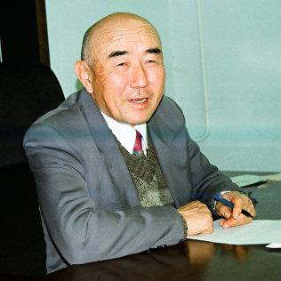 Акын, жазуучу, окумуштуу, публицист, коомдук ишмер Салижан Жигитов. Архив