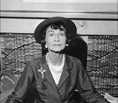 Одна из самых известных француженок XX века, дизайнер Коко Шанель. Архивное фото