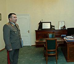 Президент Алмазбек Атамбаев Мамлекеттик чек ара кызматынын төрагасы Раимберди Дүйшөмбиевди кабыл алды.