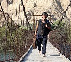 Кыргызстандык режиссер Актан Арым Кубаттын Кентавр тасмасында. Архивдик сүрөт