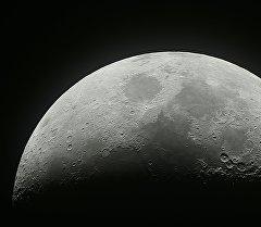 Растущая луна. Архивное фото