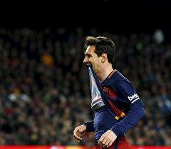 Аргентинский нападающий Барселоны Лионель Месси во время матча. Архивное фото
