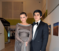 Младшая дочь президента Узбекистана Ислама Каримова - Лола Каримова с супругом Тимуром Тилляевым. Архивное фото