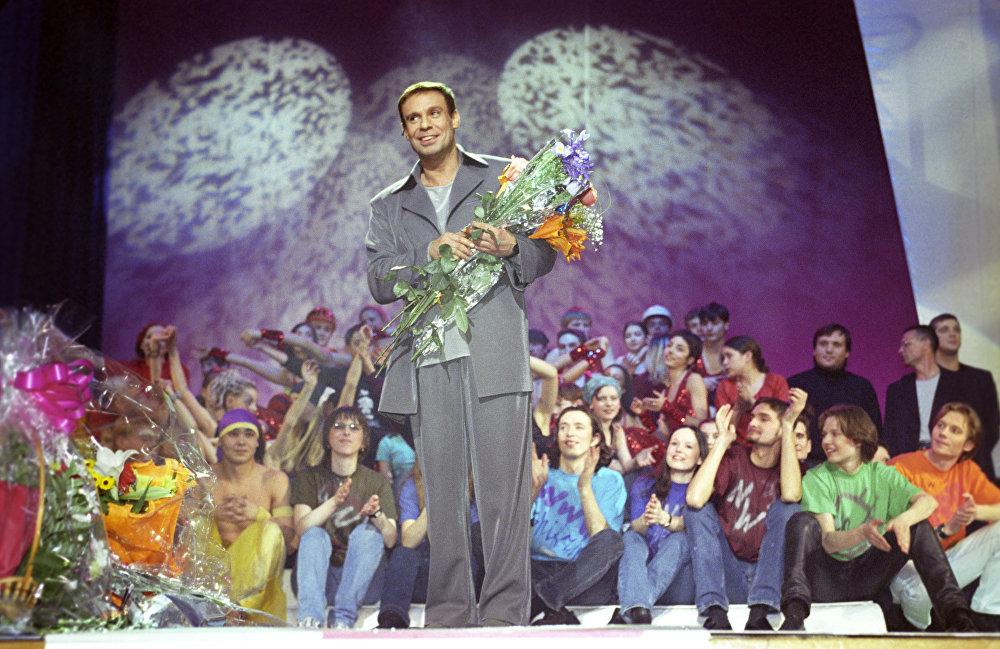 Эстрадный артист Ефим Шифрин в день своего юбилея — 45-летия