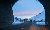 Перевал Тоо-Ашуу на автодороге Бишкек - Ош. Архивное фото