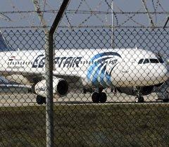Egypt Air компаниясынын басылып алынган учагы Египетке аман-эсен кайтты