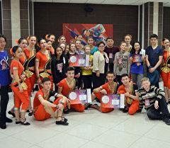 Бишкекский танцевальный коллектив Жаш Канат. Архивное фото