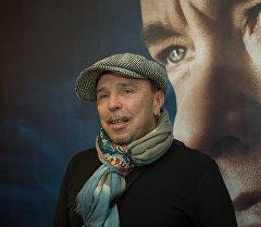 Белгилүү актер жана музыкант Гарик Сукачев. Архив