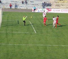 Матч топ-лиги бишкекской Алга и куршабской Алдиер
