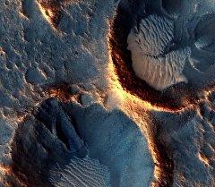 10 лет на орбите: невероятные снимки Марса
