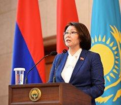 Вице-премьер Алтынай Өмүрбекова. Архив