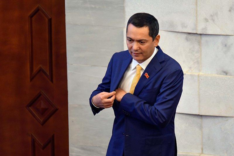 Лидер парламентской фракции Республика — Ата-Журт Омурбек Бабанов. Архивное фото