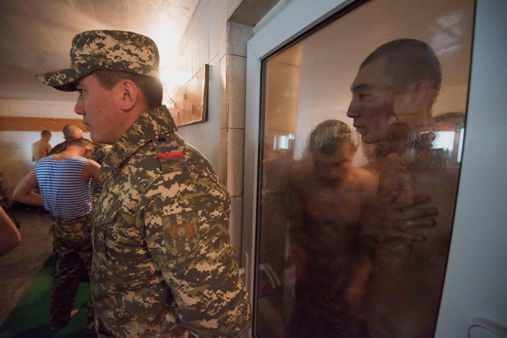 Весенний призыв новобранцев в Кыргызстане