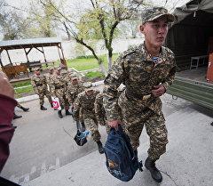 Кыргызстанда жазгы мөөнөттөгү аскерге чакыруу
