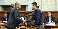 Депутаты благодарили народных регулировщиков на заседании комитета