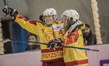 Кыргызстандын курама командасынын хоккейчилери. Архивдик сүрөт
