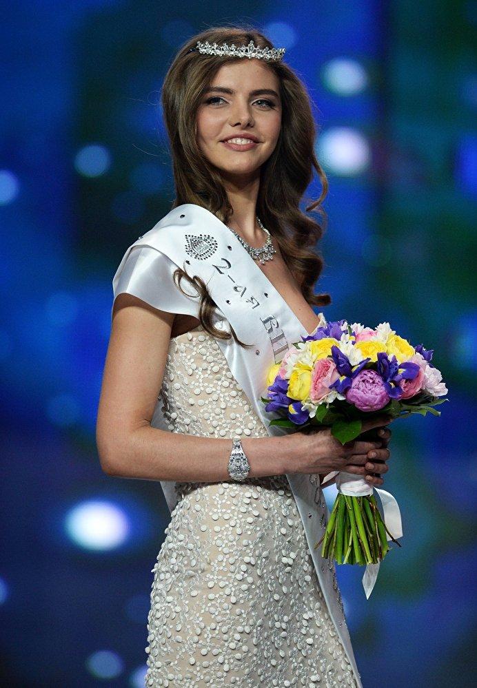 Мисс Россия-2016 конкурсунда экинчи болгон Юлия Хорошавина (Киров)