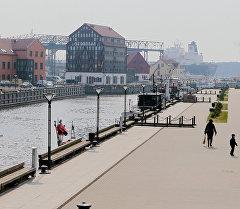 Набережная реки Дане в Клайпеде (Литва). Архивное фото