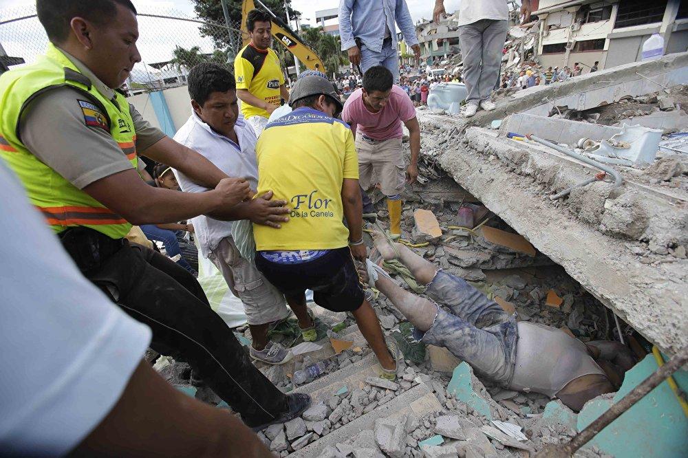 Последствия землетрясения в Эквадоре
