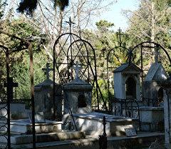 Русское кладбище в Бизерте