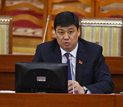 Өнүгүү — Прогресс фракциясынын лидери Бакыт Төрөбаев. Архив