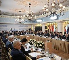 На первом совещании спикеров парламентов стран Евразии. Архивное фото