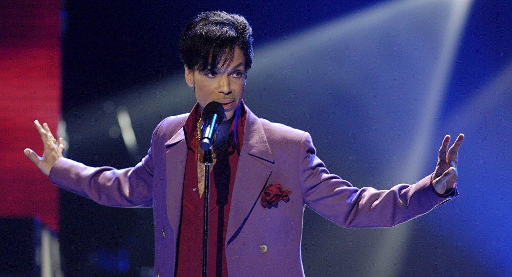 Продажи альбомов Принса увеличились на42 000 процентов