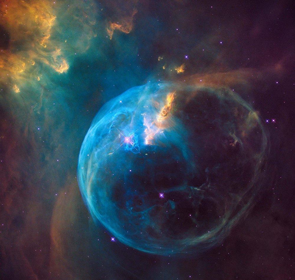 Снимок гигантского космического Пузыря — туманности NGC 7635