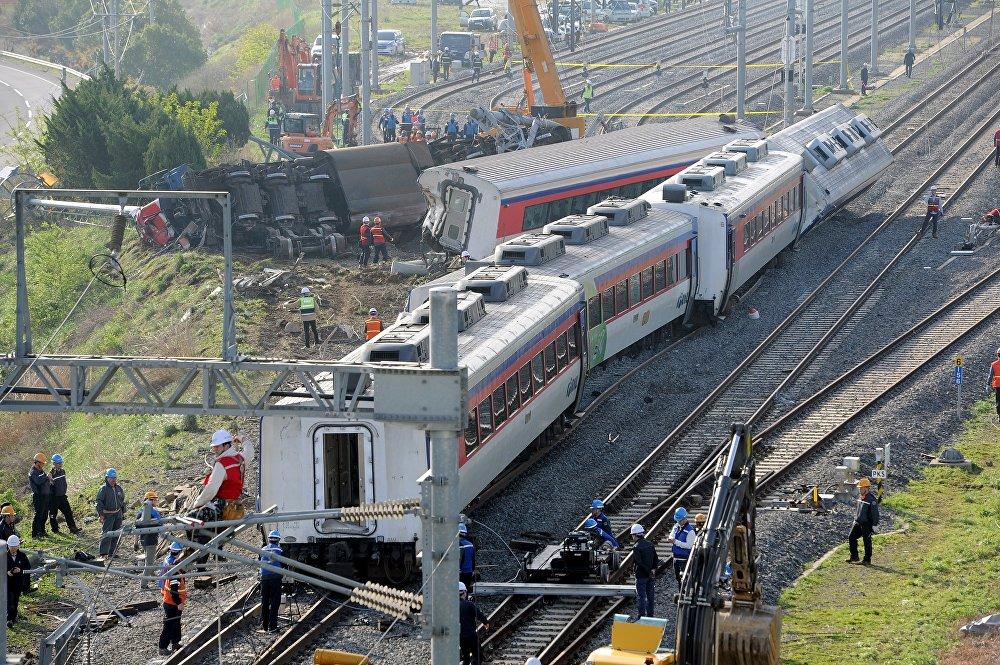 Поезд сошел с рельсов в районе города Йосу в Южной Корее