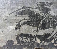Тибр дарыясын бойлой курулган чептин дубалдарына тартылган стрит-арт стилиндеги сүрөттөр