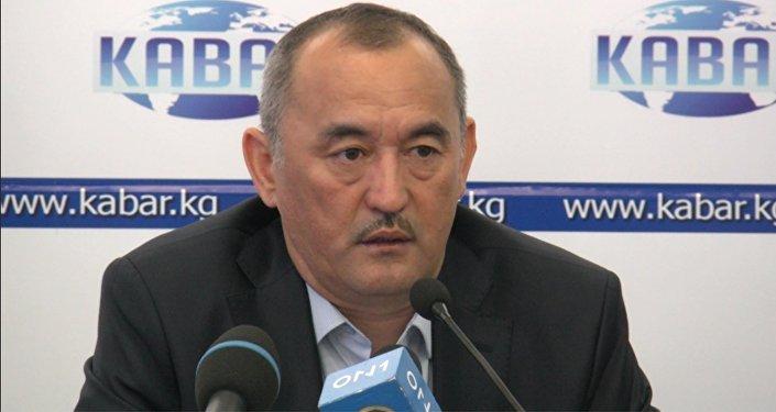 Отчего умирают кыргызстанцы с пересаженной почкой — о лекарствах в КР