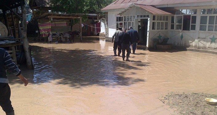 Последствия селя в Базар-Коргоне Джалал-Абадской области. Архивное фото