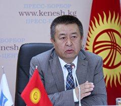 Лидер фракции Социал-демократической партии Кыргызстана Чыныбай Турсунбеков. Архивное фото