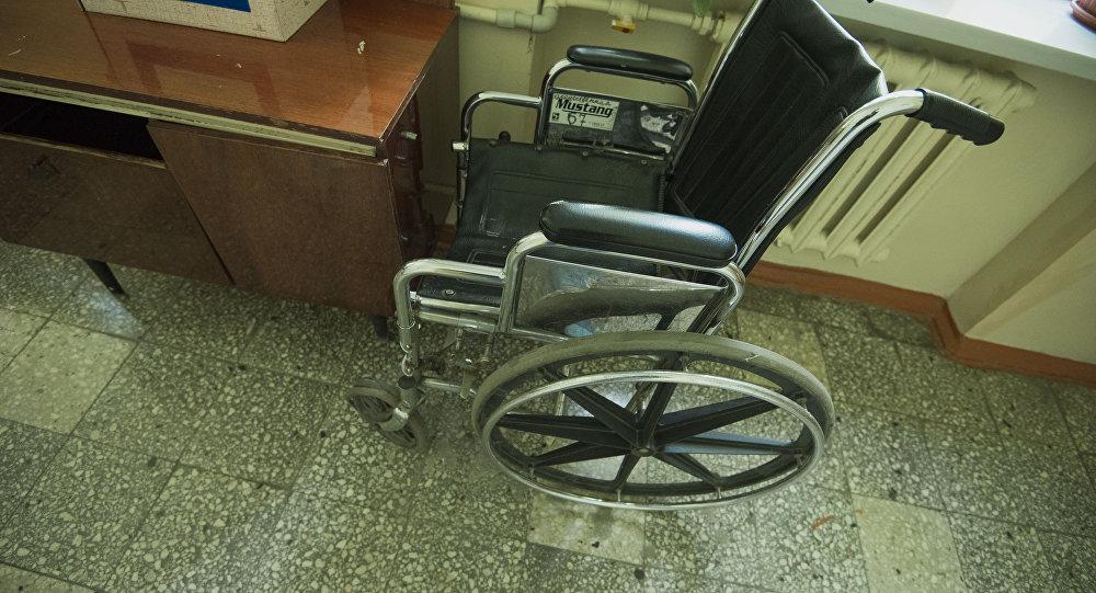 Майыптар коляскасы. Архив