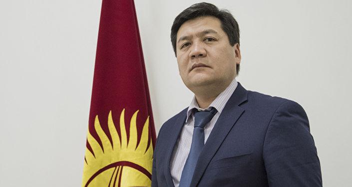 Акыйкатчы Кубат Оторбаев. Архив