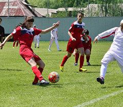 Кыргызстандын футбол боюнча кыздар командасы (U-14) Иран менен беттешүү учурунда
